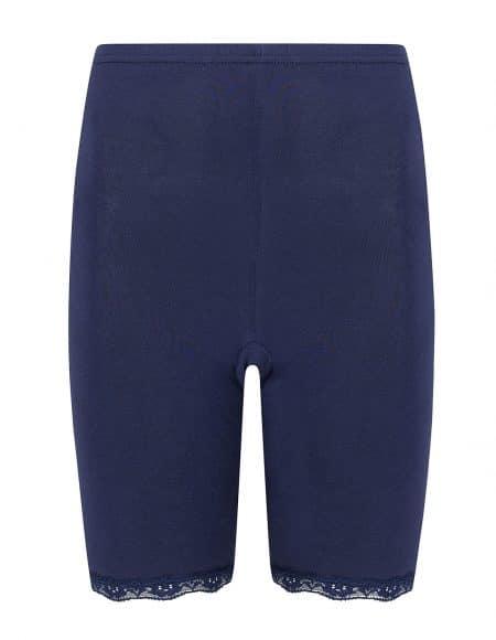 donkerblauw broekje met elastisch kant, door de korte pijpjes voorkom je schurende benen